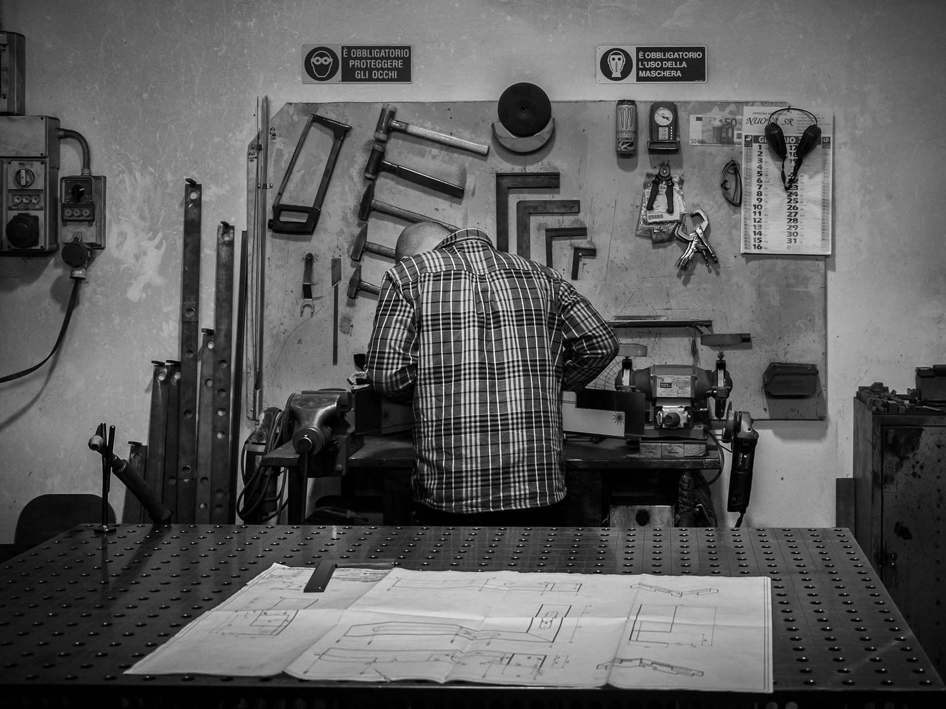slider 3 Elleci - Lavorazione Tecnica Lamiera