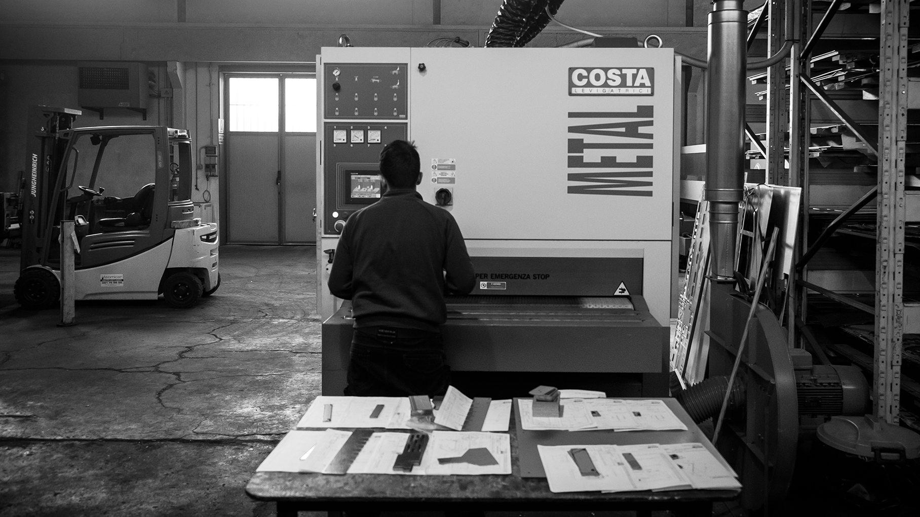 Disegno prototipi lamiera Bologna | Elleci