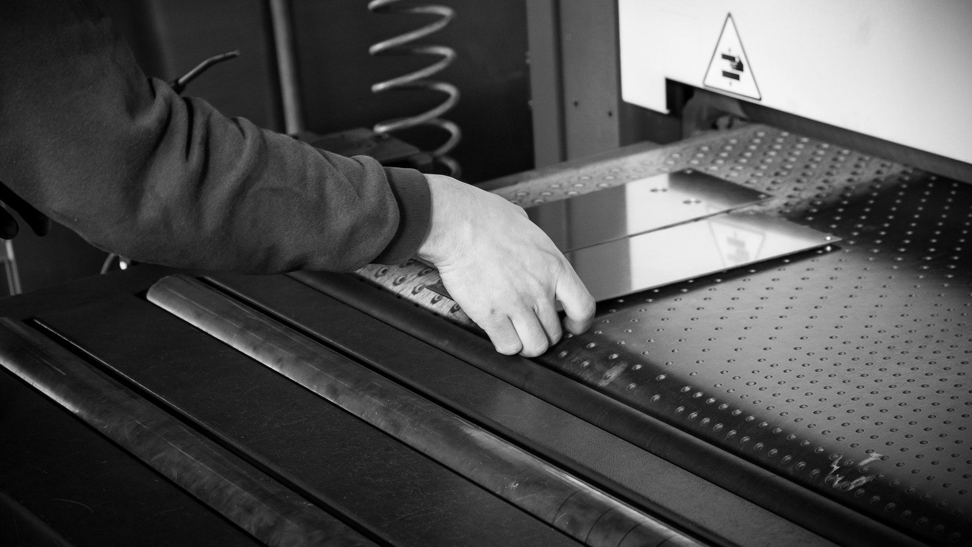 Lavorazione laser lamiera Bologna | Elleci