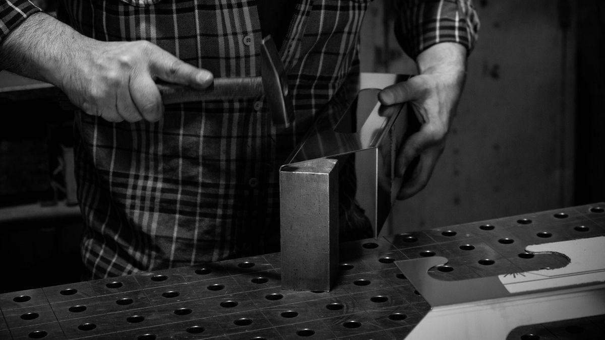 Lavorazione dettaglio in lamiera | Elleci